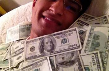 pinigai 1